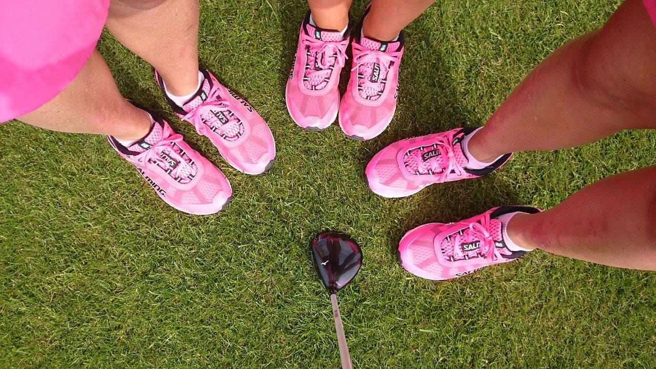 Pink team wearing matching sneakers